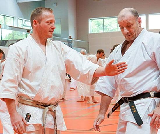 karate-fuer-erwachsene-sv